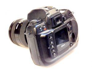 NIKON D100 +AF 24-50mm f3.3-4.5 LENES***
