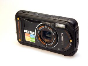 PENTAX W90 DIGITAL WATERPROOF COMPACT CAMERA**