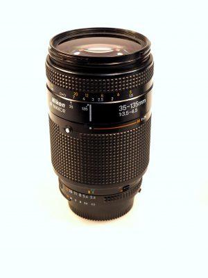 NIKON 35-135mm f3.5-4.5 LENS***