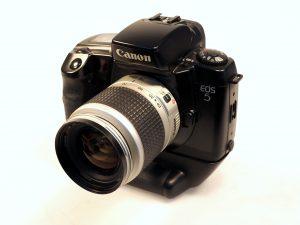 CANON EOS 5 +28-90mm f4-5.6 LENS**