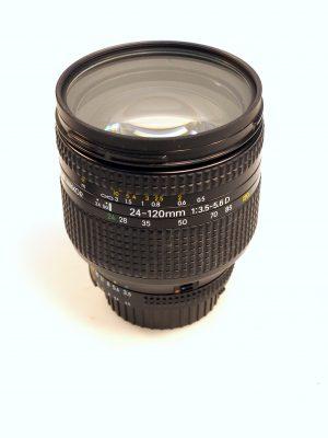 NIKON 24-120mm f3.5-5.6D***