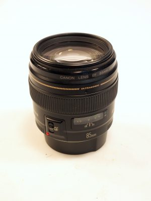 CANON EF 85mm f1.8 USM LENS*