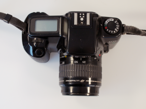 CANON EOS 1000 FN WITH 35-80mm F/4-5.6 LENS**