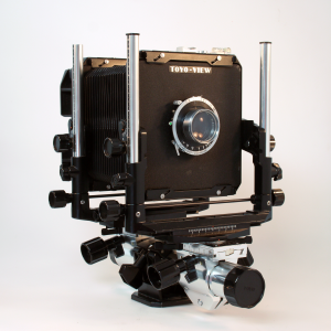 TOYO G 4×5 MONORAIL CAMERA WITH SCHNEIDER 150mm f/4.5 LENS ***